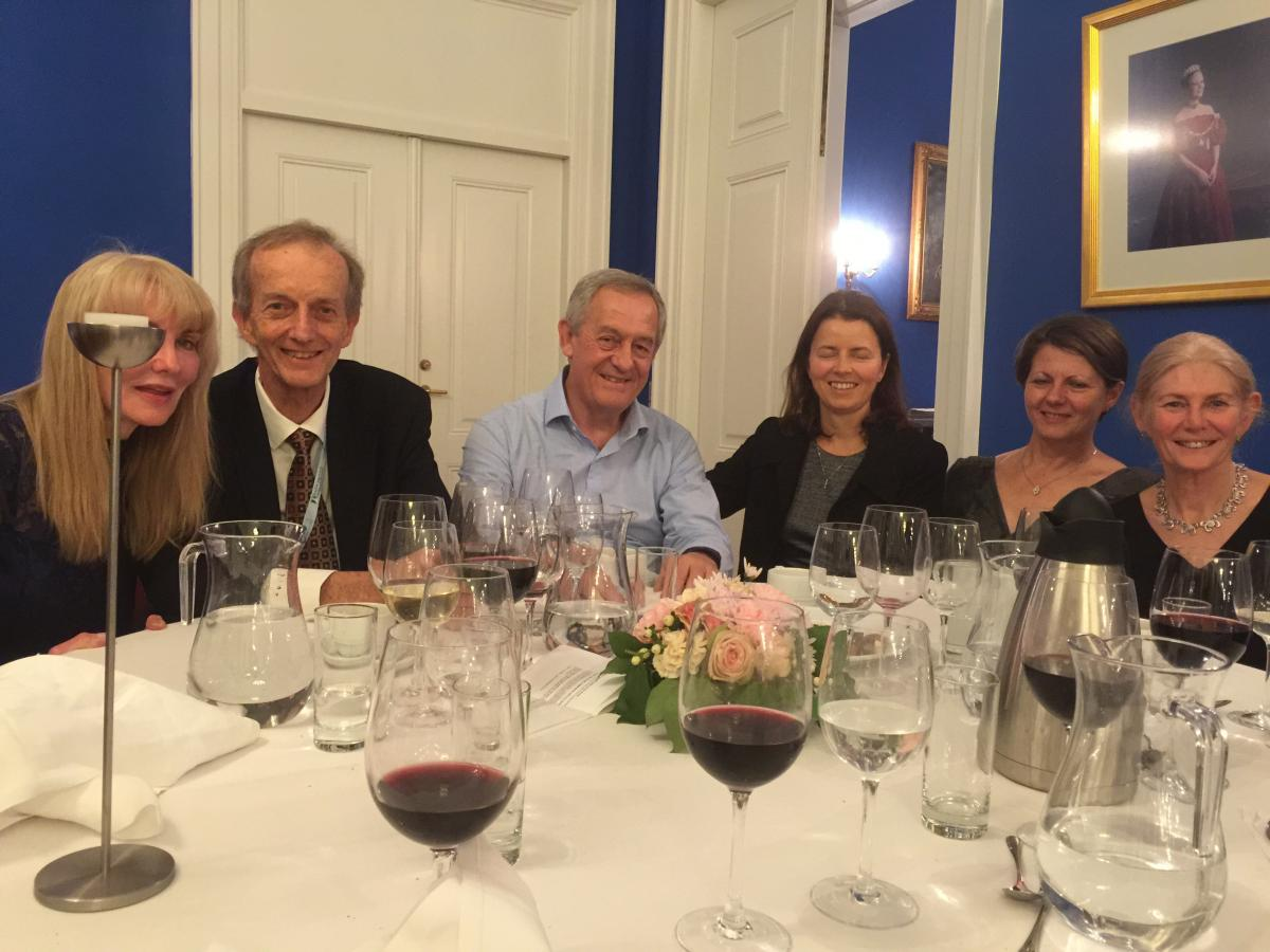 Marcela Espinosa in the company of ophthalmogists from South Africa at the International Intraocular Implant Club Dinner